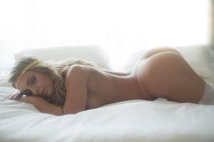 Indianara Carvalho Nude (5 Photos)..
