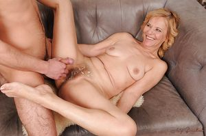 Lusty granny gives some rimming..