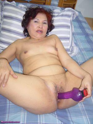 Abin Naked Amateur Older Horny Mature..