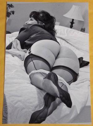 Vintage big ass naked - xxx pics