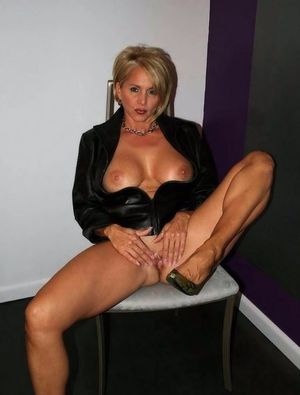Top horny MILFs collection 016 -..