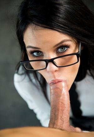 Megan Rain - Role Playing - Boss &..
