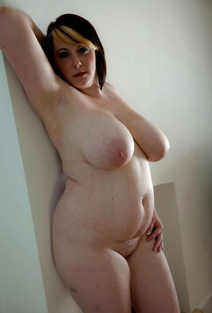 Thick and Sexy Nude BBW Wives - Pics -..