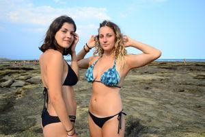 Amateur Busty Bikini Teen High..