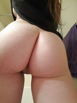 I love white girls with ass - 18..