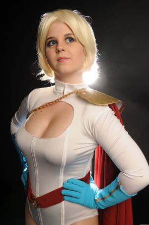 spandex and monster (cosplay, comics,..