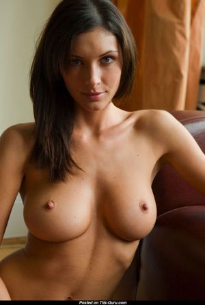 Alluring Unclothed Babe Xxx Foto..