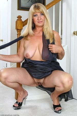 Real hot mature tubes - Other - Hot..