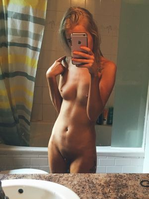 Happens. Fit nude teen girl..