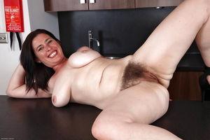 Hairy mature video tube - MILF