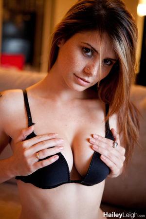 Hailey Leigh - Black Bra
