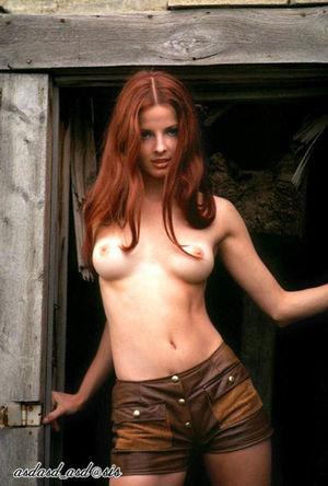 怀 旧 馆)Cover Girl Playmates-70s..