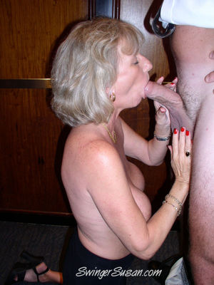 Old fat mom blowjob