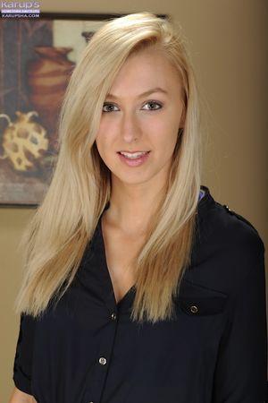 Alexa Grace Cute Blonde Teen Stripping..