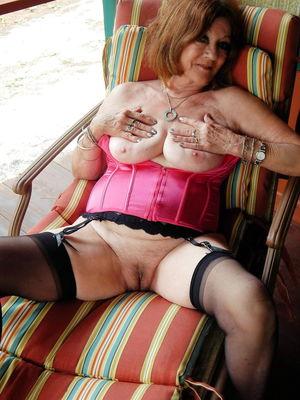 Amateurs Matures Milfs Housewives 72 -..