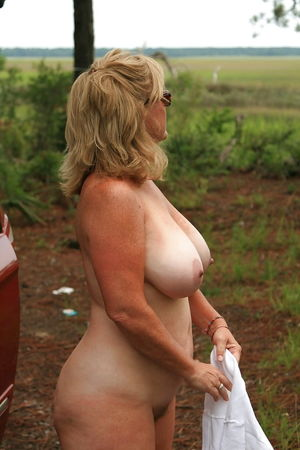 Big TIts Grannies And Matures -..