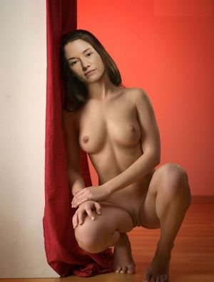 Tube8 - Chyler Leigh Nude Pics And..