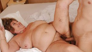 Oma Pass - Best Granny Porn For Mature..