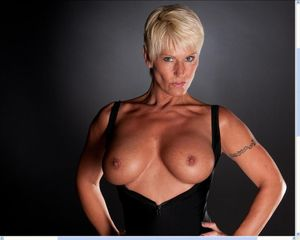short haired milf hottie Blonde..
