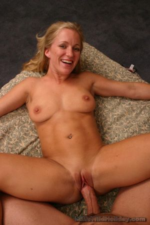 Opinion hot blonde milf gets..