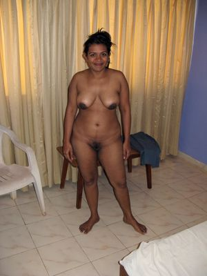 Indian ex wife posing nude at home...