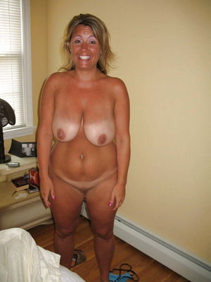 MILFs for your enjoyment 36..
