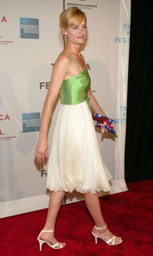 Amber Valletta Feet Related Keywords -..