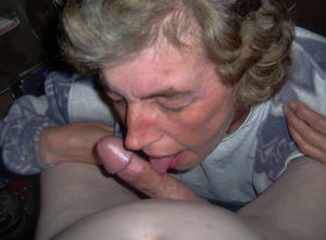 Free granny sucking cock - Naked..
