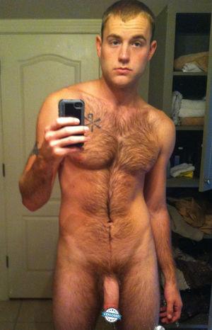 Hairy big penis naked - XXX photo