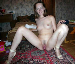 Free Homemade porn - mature women..