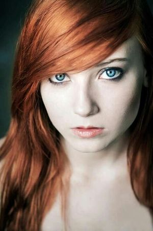 Gorgeous eyes this beautiful redhead..