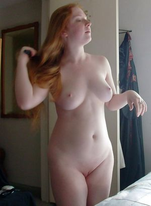 Love seeing her completely nude..