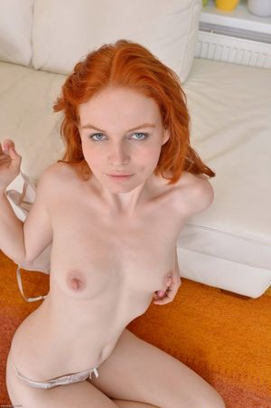 Sexy red head free - Other - XXX photos