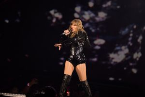 Taylor Swift Sells Out University of..