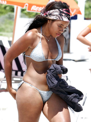 Angela Simmons. (Sexy Bikini Edition)..