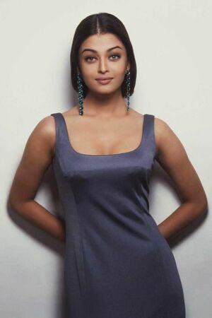 Aishwarya Rai Hot: Beautiful, Sexy,..