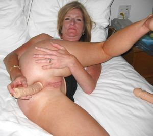 Amazing Amateur Anal Insertions - Free..
