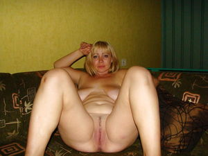 Russian wifes and matures - 99 Pics -..