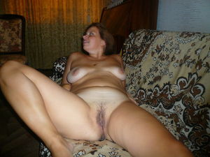 mature wife Natasha nude and playing..