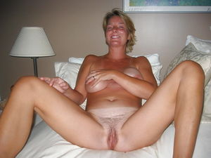 Spread Milf Cunt 6 Photo #20