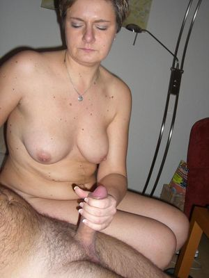 FREE Amatuer Homemade Mom Porn QPORNX