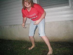 Little girl piss pants sorgusuna uygun..