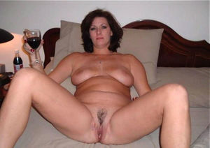 AmaMilf Really Exclusive Milf Pictures..