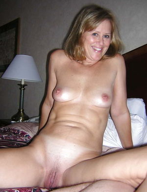Amateur Nude Wife Joyce - 96 imagens -..