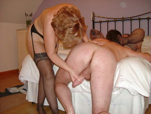 Mature married amateur couples making..