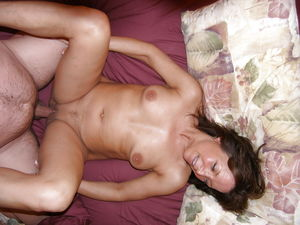 Amateur Teens and Wives Getting fucked..