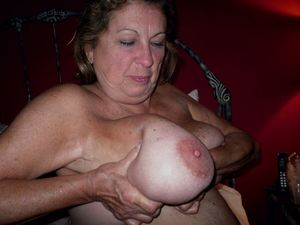 Marti: Mature Natural Big Tits and..