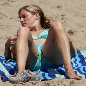 Candid Beach Bikini Babes upskirtporn