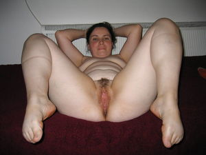 Amateur wives spread hairy pussies -..