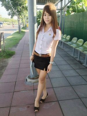 Thai university girls so sexy in their..